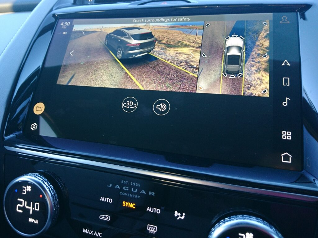 Jaguar E-PACE R-Dynamic S P250 rear view camera