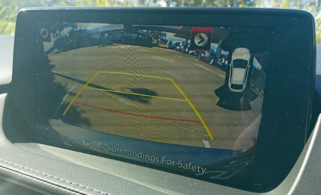 Mazdag6 wagon rear view camera